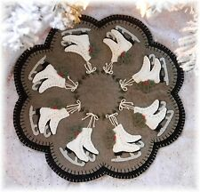 ~*IcE SkATeS*~ PATTERN Winter/Christmas Penny Rug/Candle Mat Applique PATTERN