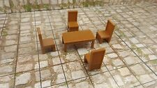 Table and Chairs- 28mm Miniature Roleplaying and Wargaming