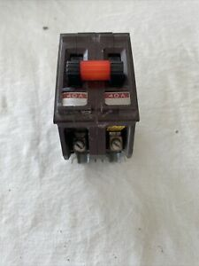 Wadsworth Electric 40 Amp 2 Pole Type A  Metal Tabs Circuit Breaker
