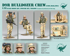 1/35 Scale D9R Bulldozer Crew set (3 Figures)