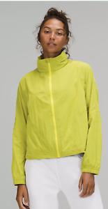 NWT Lululemon Women's Lightweight Hooded Jacket Yellow Serpentine Size 8