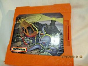 Mattel Matchbox Popup Folding Play Set Harbor Patrol dated 2005 2 Helicopters