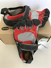 Vibram Five Finger Toe Shoes red Black Youth Size 31 Size 13.5-1