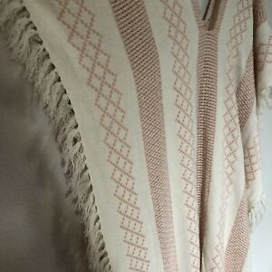 FREE PEOPLE poncho one size fits most ivory Pink fringe