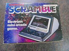 Juego De Mesa Scramble de mano tribuna 100% Completo en Caja de 1982 días