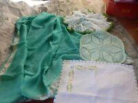 couture ,verts ,tissus soie ,napperons faits main ,dentelles