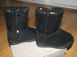 BNIB TODDLER GIRLS SIZE 5 CANYON RIVER BLUES FELICIA BLACK SEQUENCE BOOTS