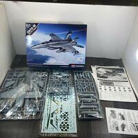 ** rare ** usn carrier deck crew 4-piece set 1:144 century wings wings of heroes
