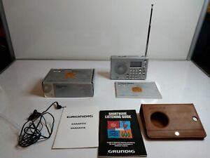 Grundig G-2000A World Receiver AM/FM/SW Radio F.A. Porsche w/Case Box & Manuals