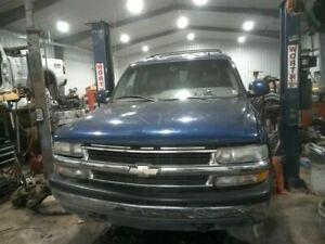 Driver Left Headlight Fits 00-06 SUBURBAN 1500 94377