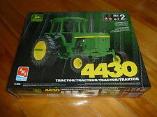 JOHN DEERE 4430 TRACTOR FARM TRAKTOR AMT ERTL 15006 MODEL KIT 1/25 F/S SEALED