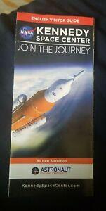 2017 Kennedy Space Center Brochure