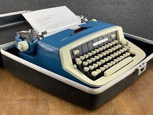 Mid Century Modern 1974 Royal Custom III Portable Manual Typewriter in Blue