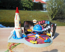 FALLER HO SPACE ROCKET AMUSEMENT PARK/CARNIVAL RIDE MOTORIZED w/LIGHT & FIGURES