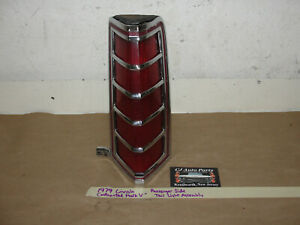 1979 Lincoln Continental Mark V RIGHT PASSENGER SIDE TAIL LIGHT LENS BEZEL TRIM