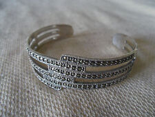 925 STERLING SILVER MARCASITE BANGLE / BRACELET (HALLMARKED IN THE UK)