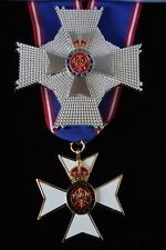 KNIGHT'S COMMANDER VICTORIAN ORDER. NECK BADGE & BREST STAR. AND CASE,