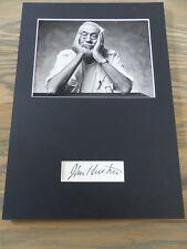 John Huston (+ 1987) signed autografo su 20x30 cm PASSEPARTOUT RARO