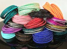Modeschmuck-Armbänder aus Leder mit Strass für besondere Anlässe