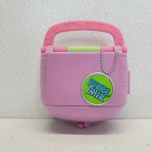 Pixel Chix Love 2 Shop Mall SALON PET SHOP Interactive Pink Purse Mattel WORKS