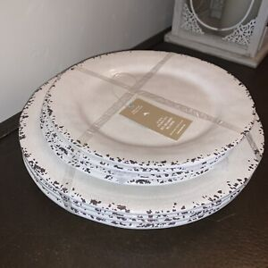 X8 Tommy Bahama NEW!!! Ivory MELAMINE 4 Dinner & 4 Side Plates CRACKLE Rustic