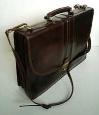 Vintage style Moroccan leather Briefcase, ideal for laptops and documents.