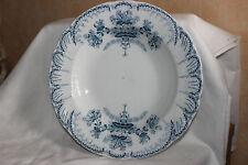 St Amand Hamage Régence Bowl has glaze crackle