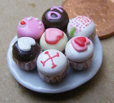1:12 SCALA 7 assortiti Cup Cakes su una piastra Casa delle Bambole Accessorio in miniatura cc14