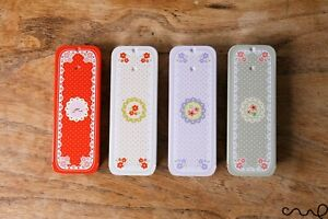 Small Vintage Chic Floral Metal Rectangular Tin Sliding-Lid Trinket Light Defect