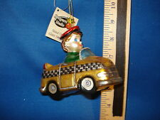 Family Ornament Boy In Taxi Thick Glass 5396 209 262