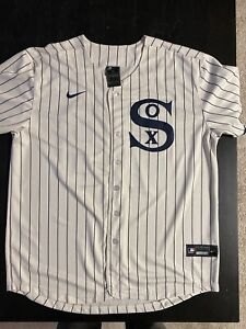 New with Tags Jose Abreu Chicago White Sox Field of Dreams Jersey sizes Med-3XL