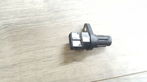 2009 hyundai accent 1.6L crank position sensor 39350-26900 oem c12