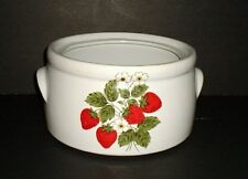 McCOY STRAWBERRY BEAN POT #1421 NO LID