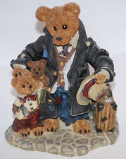"""""""Uncle Gus and Gary.The Gift"""" 1997 Boyds Bear Colectible Figurine"""