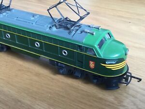 Triang R257 Transcontinental Electric Pantograph Locomotive, spares or repair.