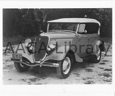 1934 Ford Touring Car, Factory Photo (Ref. # 41902)