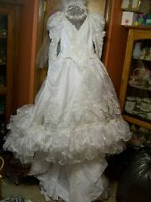 STUNNING WEDDING DRESS WHITE W TRAIN VEIL BEADED SEQUINS PEARLS FANCY RUFFLES 10