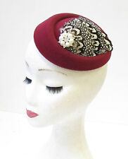 Burgundy White Pheasant Feather Pillbox Hat Fascinator Hair Clip Vtg 1940s 1337