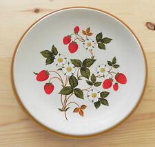 "Sheffield Strawberries 'n Cream Plate 10.5"" Stoneware Microwave/Dishwasher Safe"