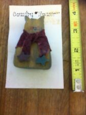 'Cat With A Scarf' Wood & Fabric Pin - New on the Card - Country Treasures