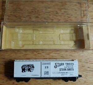KADEE Micro Trains N Scale Stark Bros. 40' Double Door Box Car 42010