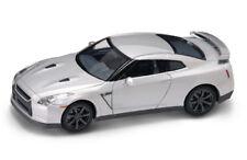 ROAD LEGENDS 43203 NISSAN GT-R R35 diecast model road car silver body 1:43rd