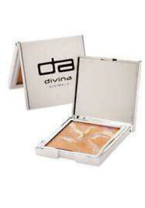 Divina Mineral Sun Glow Baked Mineral Bronzer with Colour Correct - BRONZE