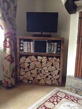 A corner Lehon log store/TV stand