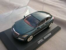 voiture  1/ 43  opel insigna    serie  13