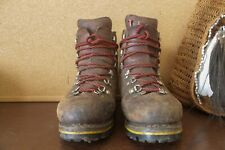 Full Grain Leather Mountaineering/ Hiking Boots
