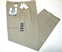 Men Dockers Signature Khaki Relaxed Fit Pleated Beige Stretch Pants 98% Cotton