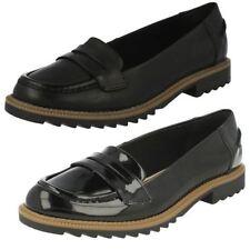 Patternless Round Toe Standard Width (D) Flats for Women
