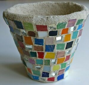 SMALL HANDMADE INDOOR OUTDOOR RUSTIC CONCRETE & COLORFUL GLASS PLANT POT PLANTER