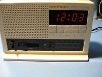 Grundig sonoclock 315.Original ca.70.Jahre Radiowecker,Digital-Antique technique
